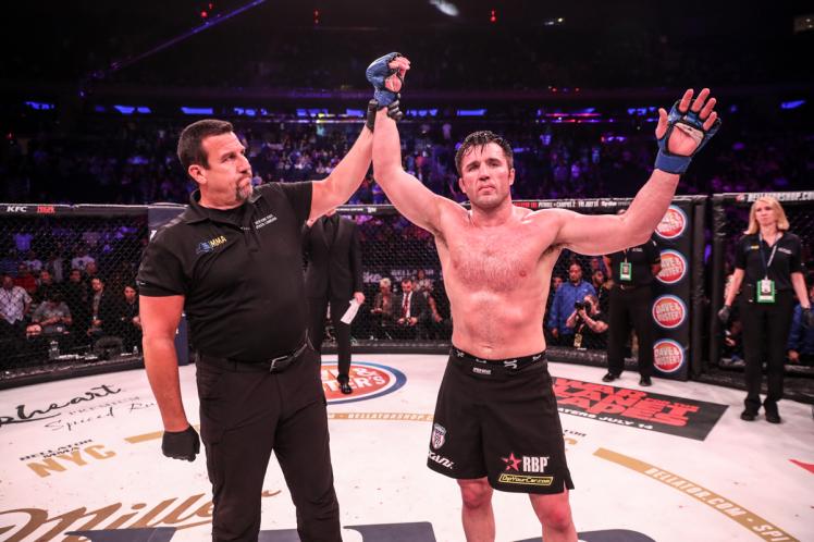 Bellator 180 & NYC Event Results: Bader & Primus Win Belts. Sonnen & Mittrione Defeat Legends -