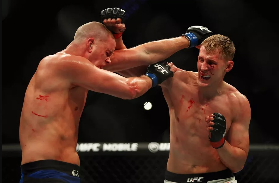 UFC Fight Night 115 Rotterdam Results: Volkov Demolishes the Skyscraper in the Main Event, Earn Fight of the Night Award. -