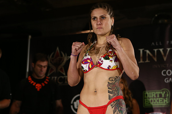 Jennifer Maia: I take MMA as my sport, where it teaches me to face barriers, values and the will to be better in life. -