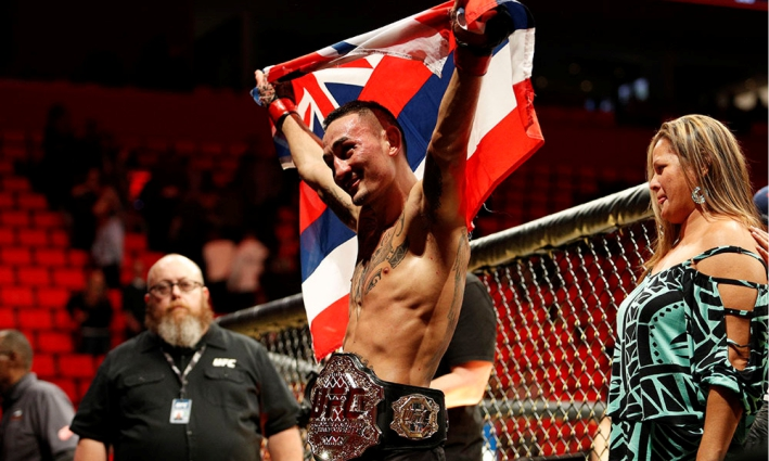 UFC 218 Results: Holloway Breaks-Apart Aldo again to retain the belt. Francis Annihilates Overeem, Gets the Title Shot -