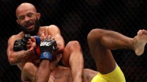 UFC News: Demetrious Johnson pulls off slick armbar in UFC 3, opponent quits in anger - UFC 3