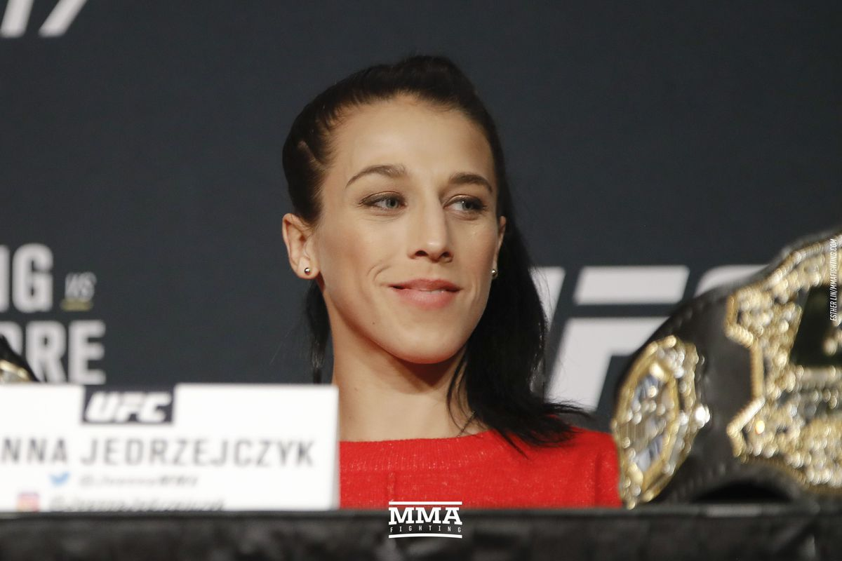 UFC: Joanna Jedrzejczyk believes that the UFC 223 fight is bigger than her career - UFC 223