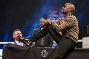UFC: Floyd Mayweather talks getting ready for MMA with Tyron Woodley, claims his wrestling is '7/10' - Floyd Mayweather
