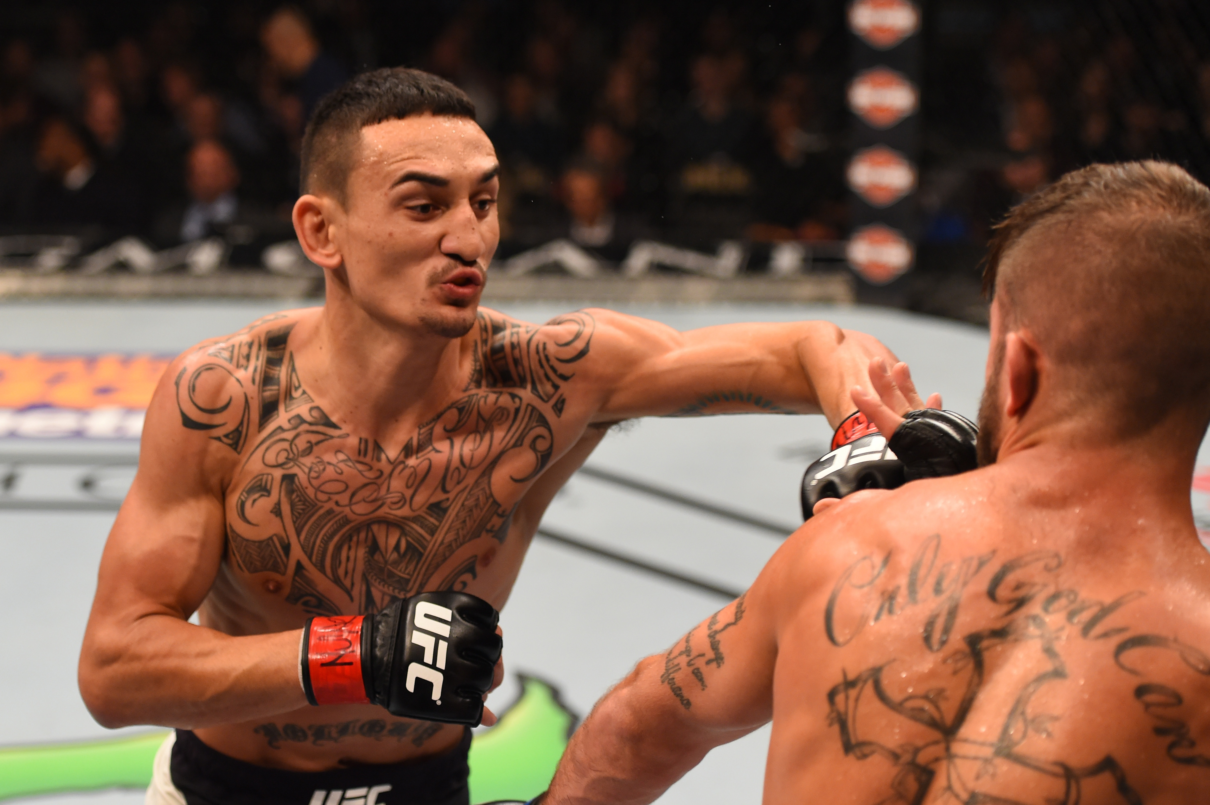 UFC: Max Holloway responds about his Twitter war with Conor McGregor - Max Holloway