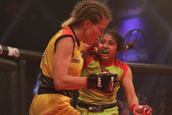 Super Fight League: UP Nawabs dominates Tamil Veerans in the last group stage match - Super Fight League