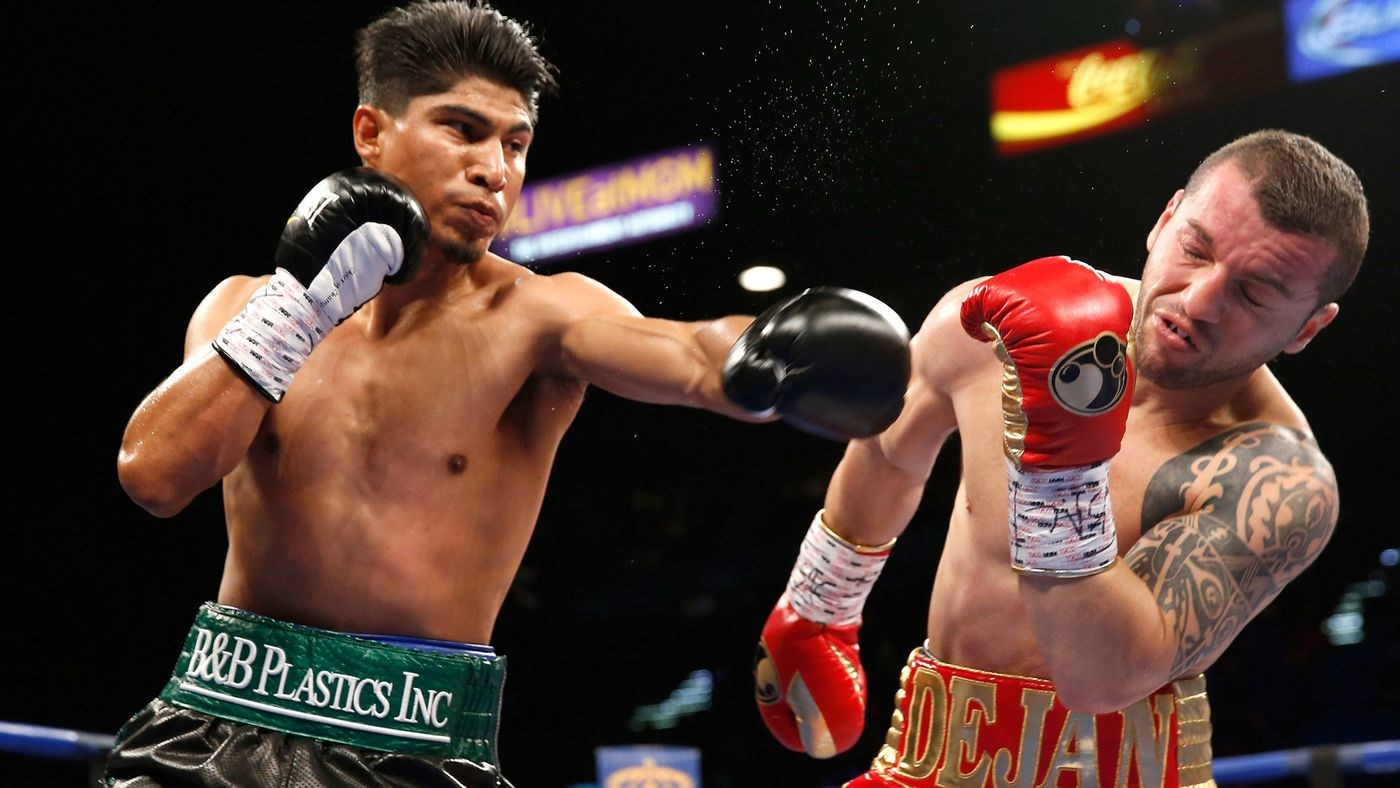 Boxing: Mikey Garcia beats Sergey Lipinets to become 4-Division world champion - Garcia