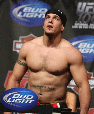 MMA: Frank Mir believes Brock lesnar is a big draw but does not compare to Fedor Emelianenko as a fighter - Frank Mir