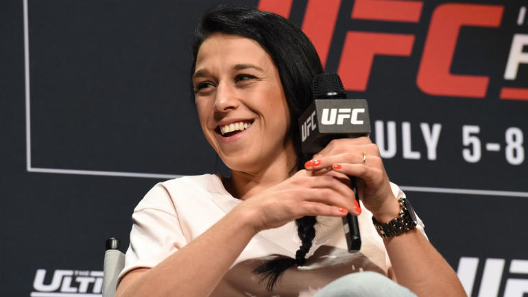 UFC: Joanna Jedrzejczyk considering move to Flyweight division - UFC