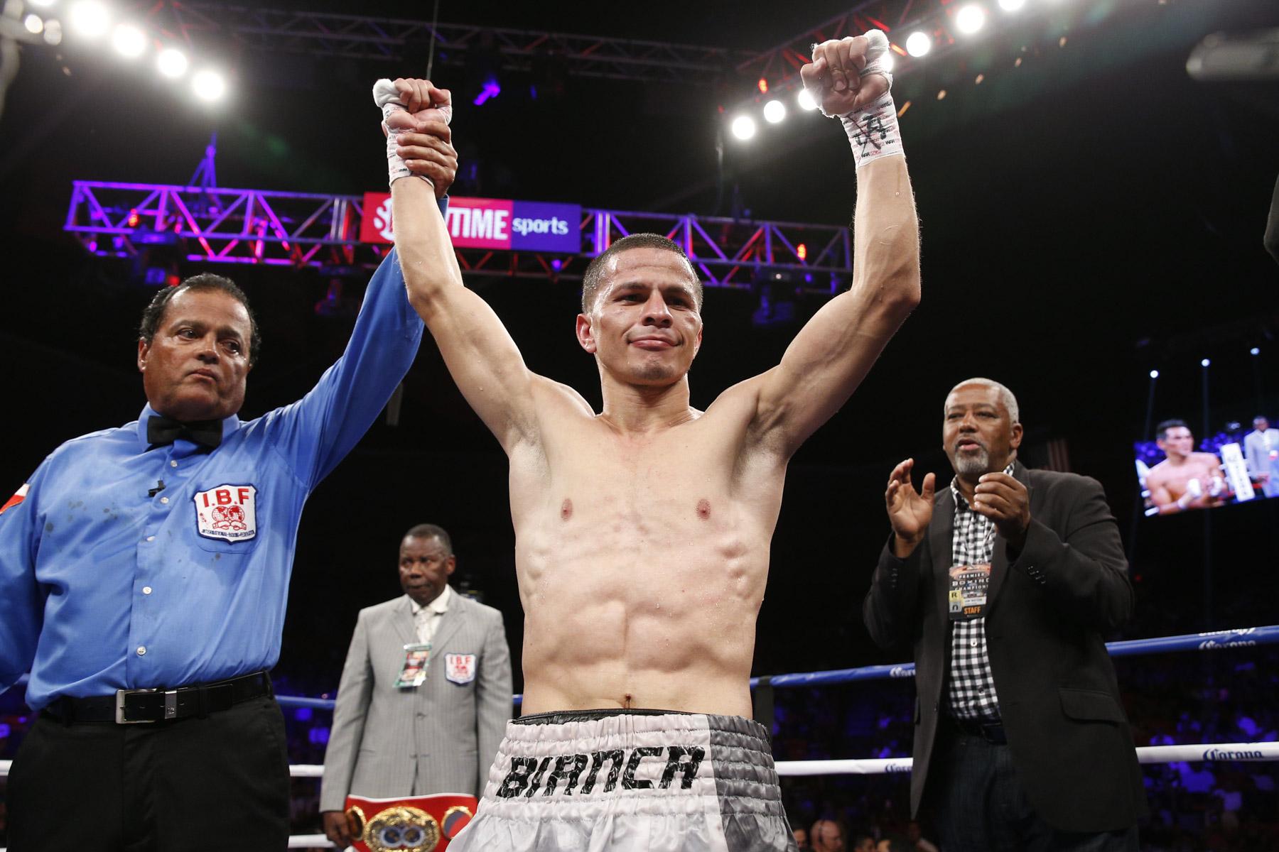 Boxing: McJoe Arroyo looking to make his ring return on June 1 - Arroyo