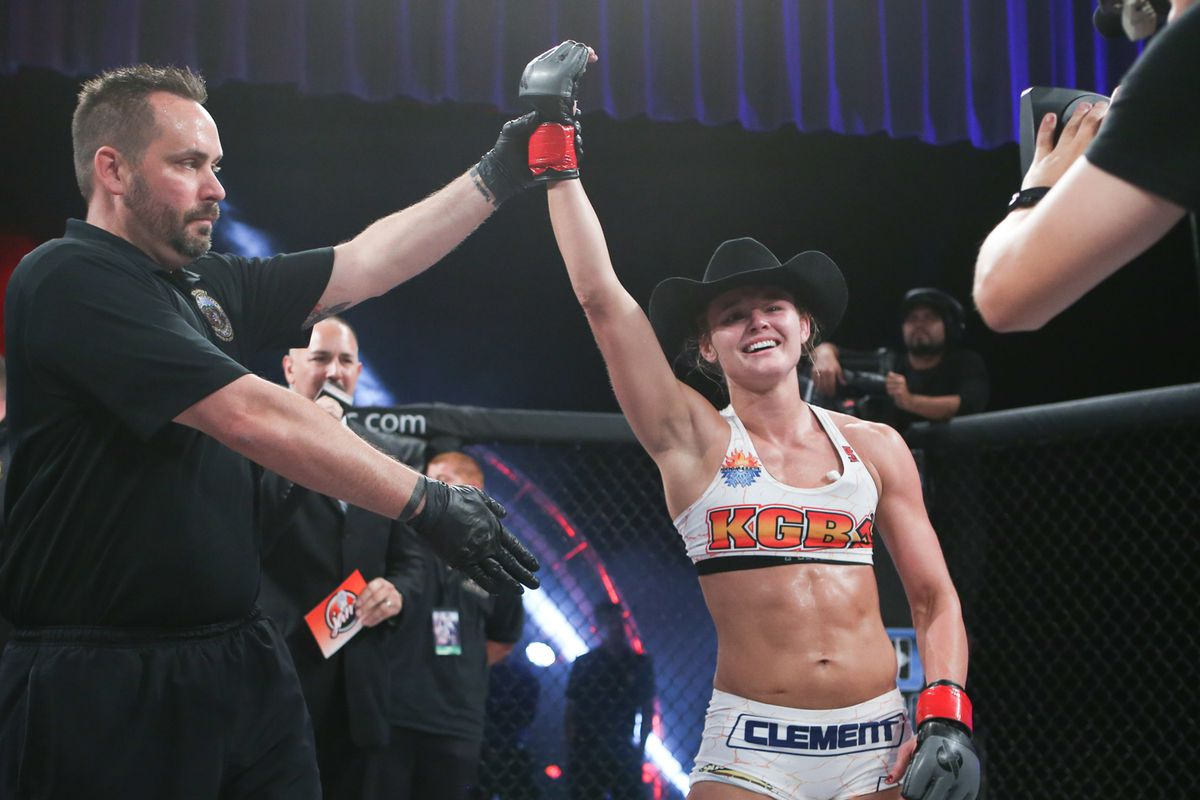 UFC 129 Results: Andrea Lee Gets a Win in Her UFC Debut -