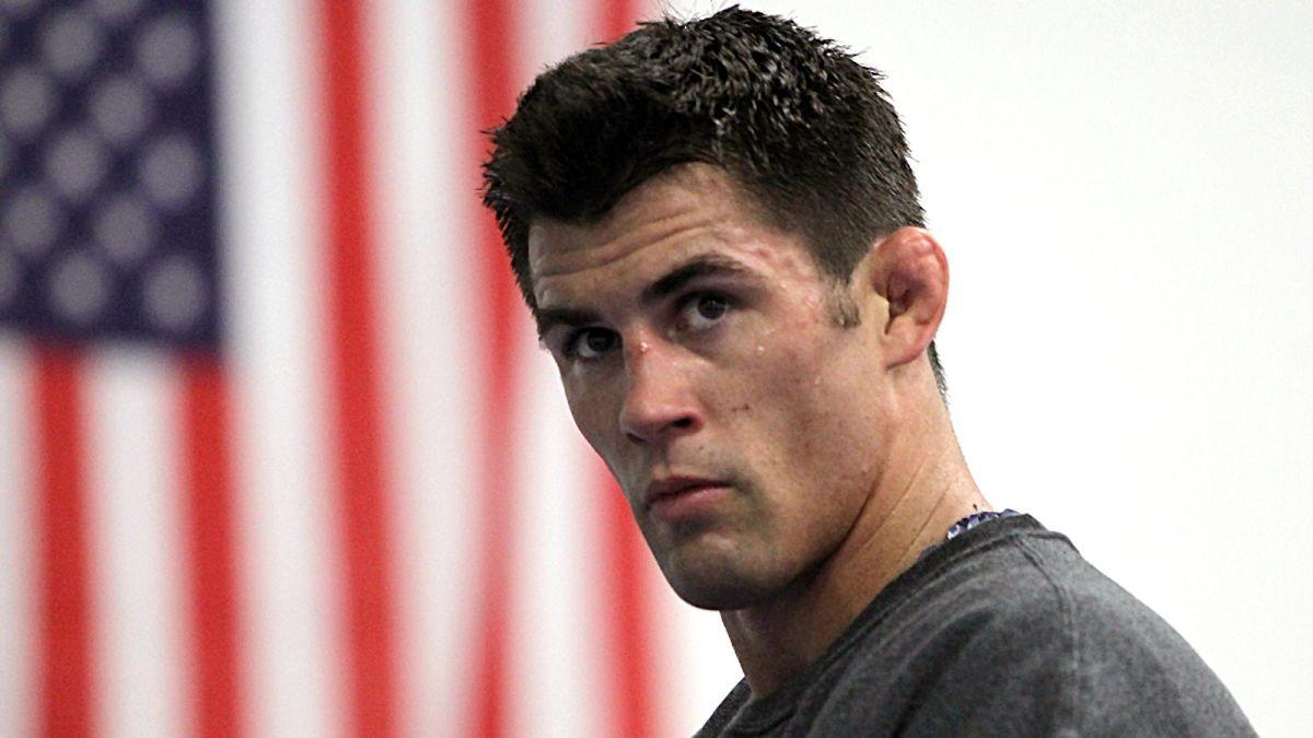 UFC: Dominick Cruz praises Kelvin Gastelum's mentality and ability to 'just get it done' - Dominick Cruz