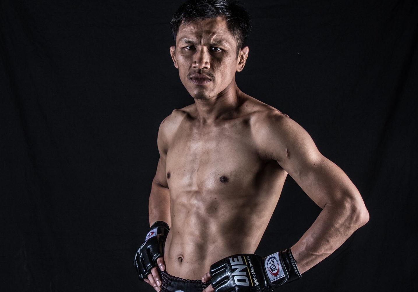 Cancer survivor Singtongnoi Por Telakun fights for glory and family in career's second run -
