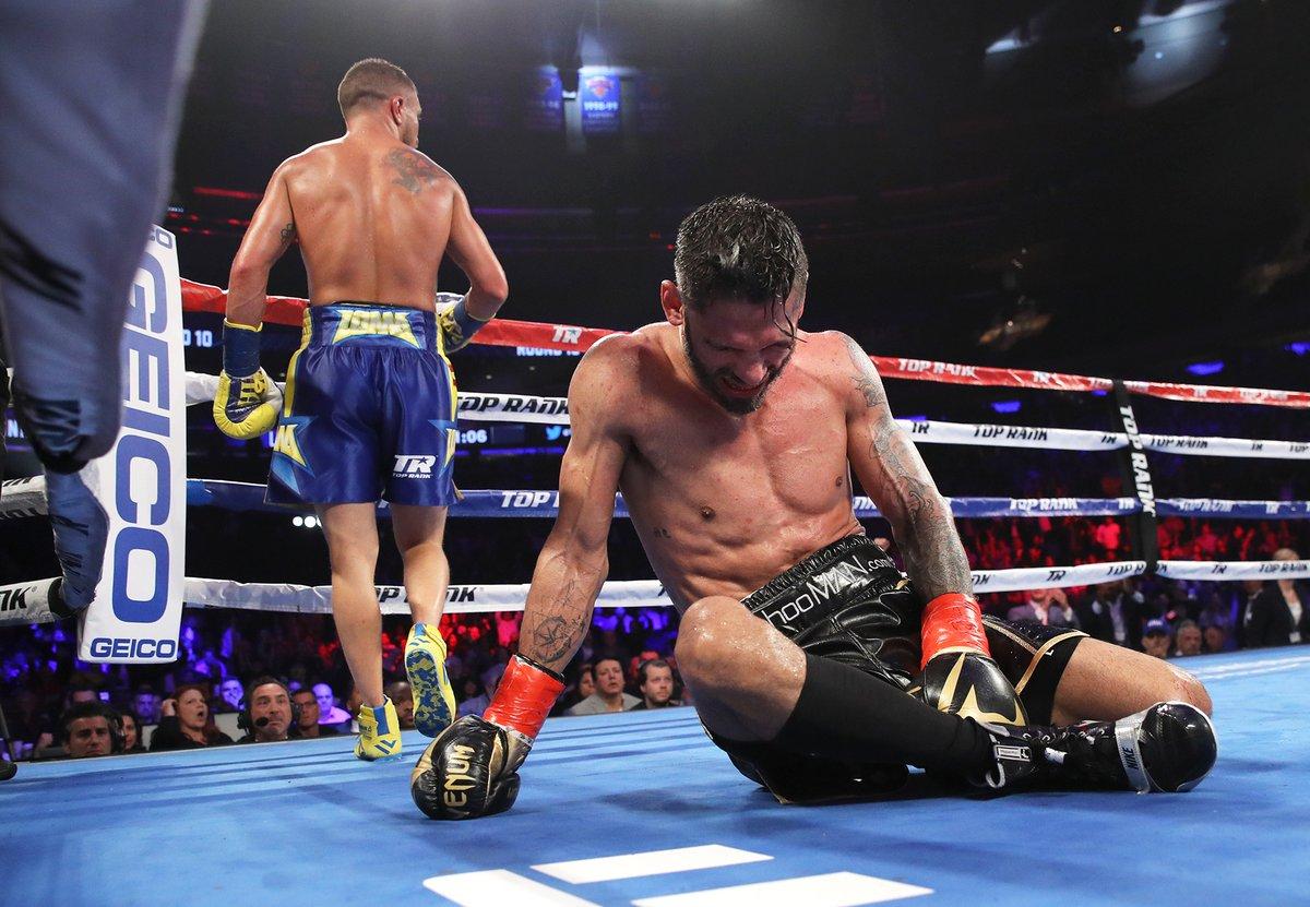 Boxing: Vasyl Lomachenko brutally stops Jorge Linares in 10th round (video) - Lomachenko