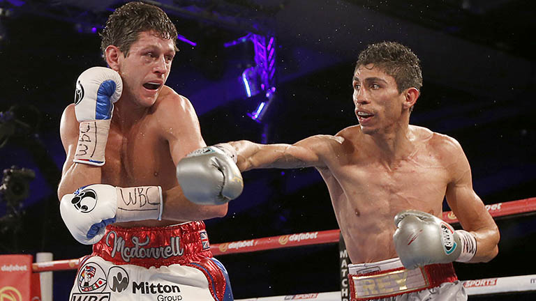 Boxing: Rey Vargas successfully defends his WBC world title - Vargas