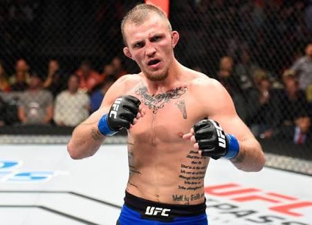 UFC: Jason Knight claims he won against Makwan Amirkhani, thinks UFC judges should have some MMA experience - Jason Knight
