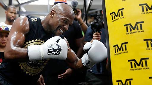 UFC: Floyd Mayweather Putting Ufc And Potential Conor Mcgregor Rematch On Pause - Floyd Mayweather
