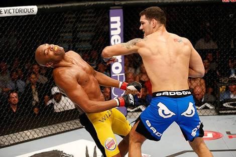 UFC: Former UFC champion Chris Weidman claims he can 'finish' Robert Whittaker - Chris Weidman