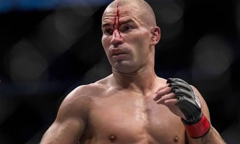 UFC : Dana White gives an update on Artem Lobov's future - Artem Lobov