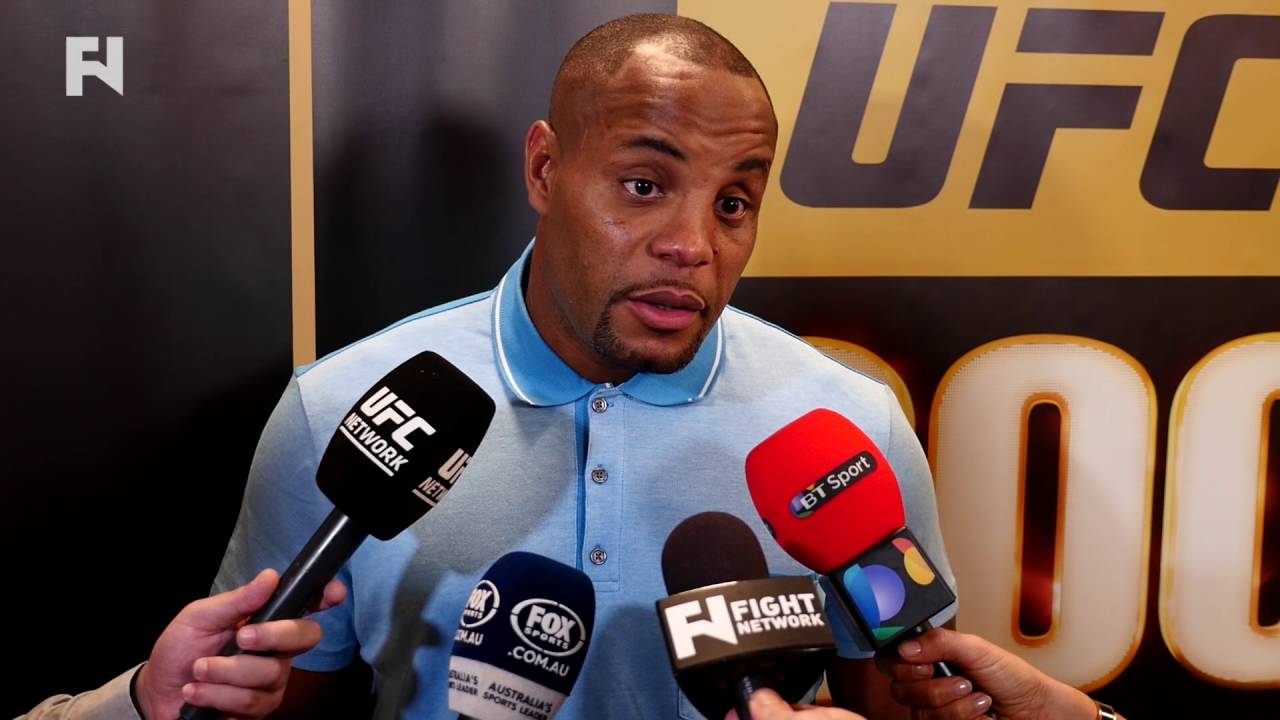 UFC: Cormier says Jon Jones tries to keep himself relevant through Twitter trash talk - Cormier