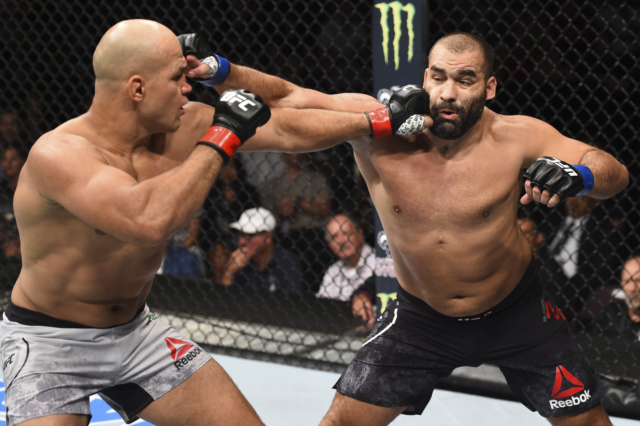 UFC Fight Night 133 Results: Dos Santos Puts on a Striking Performance in His Octagon Return -
