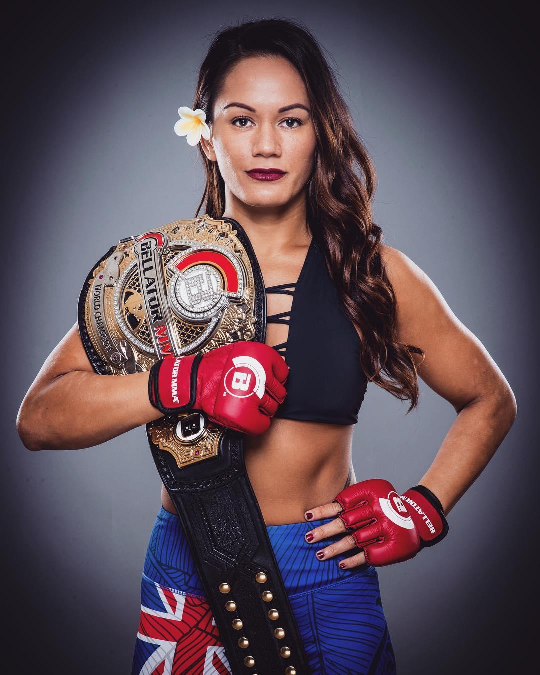 Bellator champ Ilima-Lei Macfarlane: 'Why would I go to the UFC?' -