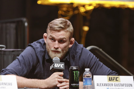 UFC: Alexander Gustafsson says he's willing to move up to heavyweight to fight Daniel Cormier - Alexander Gustafsson