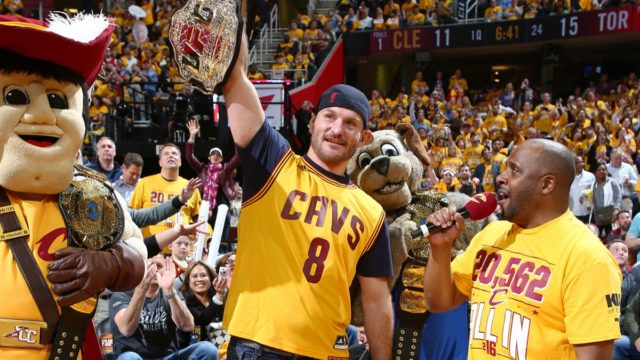 UFC: Stipe miocic isn't mad about LeBron James moving to Los Angeles - James