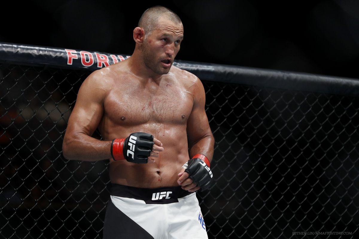Dan Henderson thanks Shogun Rua at UFC Hall of Fame -
