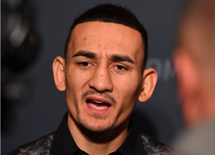 UFC: Max Holloway still interested in moving up to Lightweight - Max Holloway