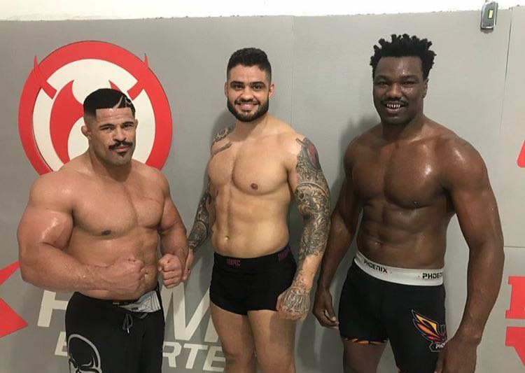 MMA: Rousimar Palhares talks shirtless photo that went viral, says he currently weighs 212 pounds - Rousimar Palhares