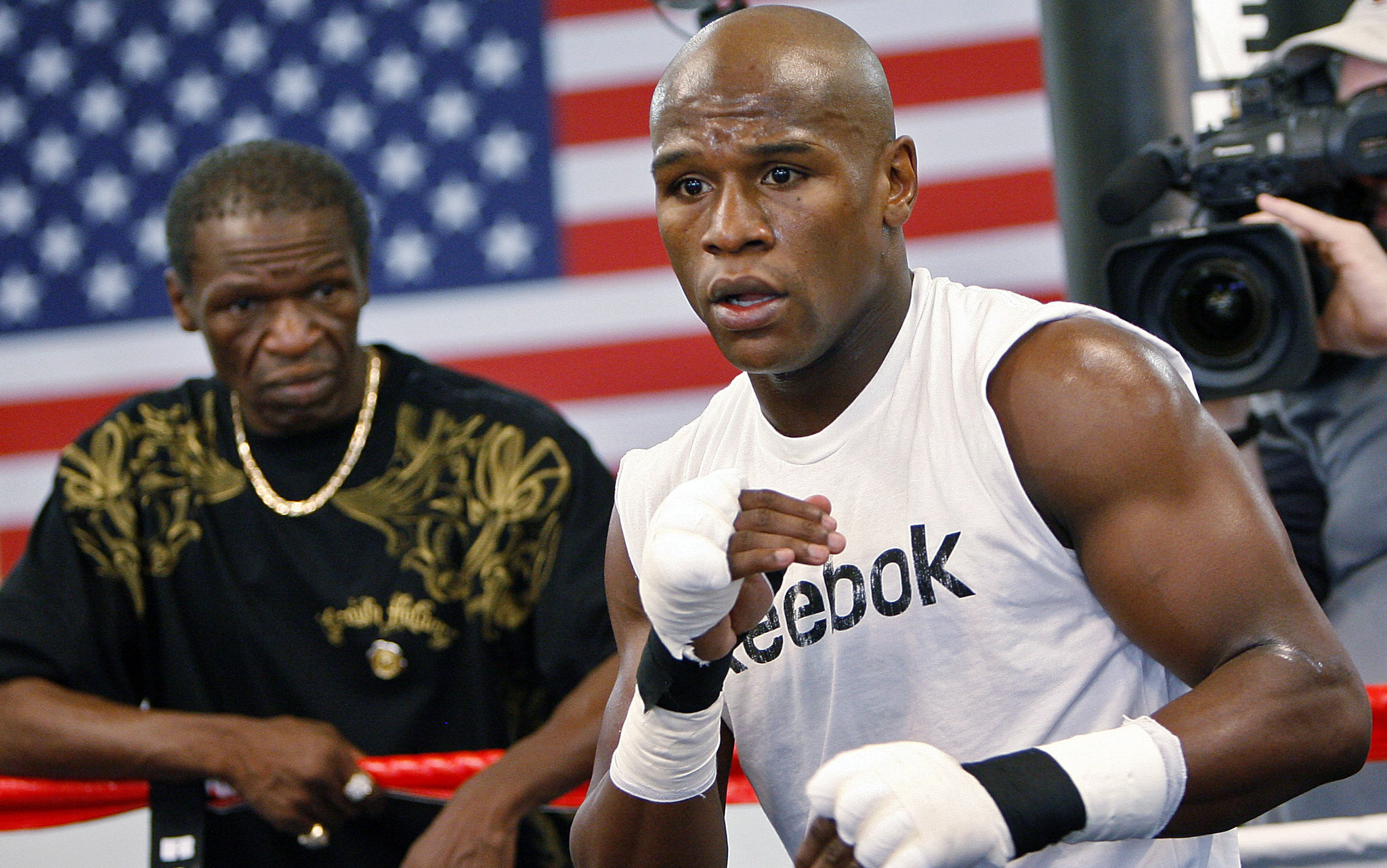 UFC: Mayweather Sr says there's a lot of interest for Mayweather vs McGregor II - Floyd