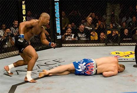 UFC: Rashad Evans did the unthinkable 10 years ago today with a brutal knockout! - UFC