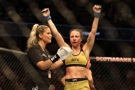 UFC: A guy thanks Nina Ansaroff for protecting him from bullies when he grew up - Nina Ansaroff