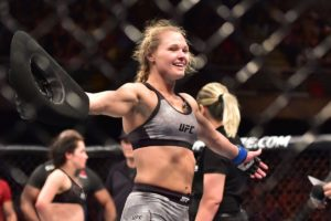 Andrea Lee's fugitive husband may be hiding out in a MMA gym! - Lee
