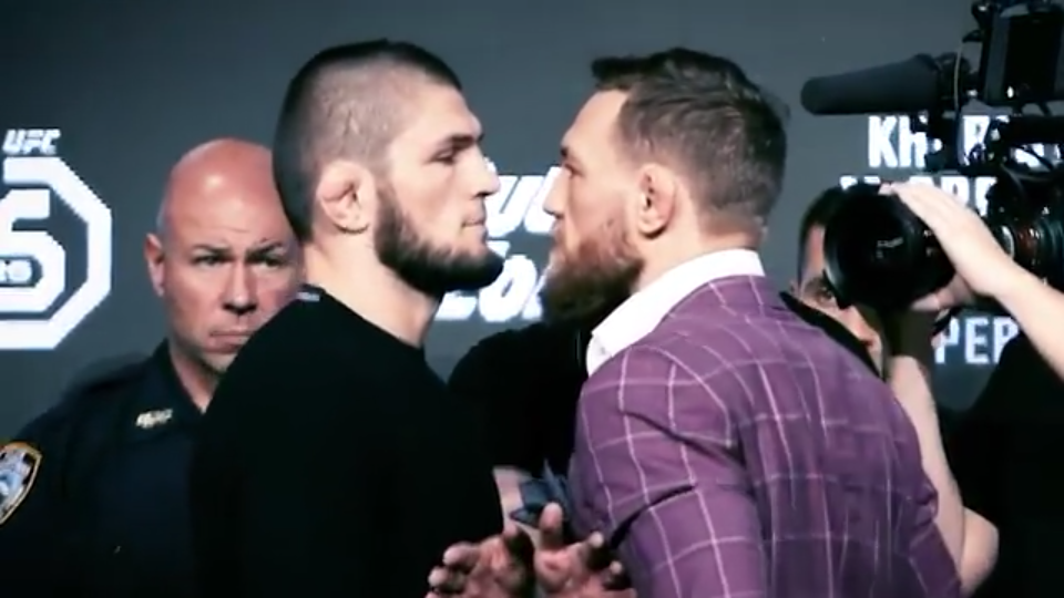 Body language breakdown of the tense faceoff between Conor and Khabib - faceoff