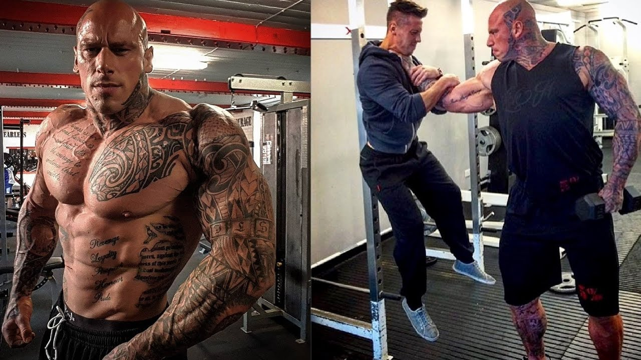 Scary looking bodybuilder in line for MMA debut. How long before he gasses out? - Ford
