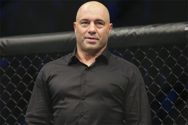 Joe Rogan: UFC working on new glove design to reduce eye pokes -