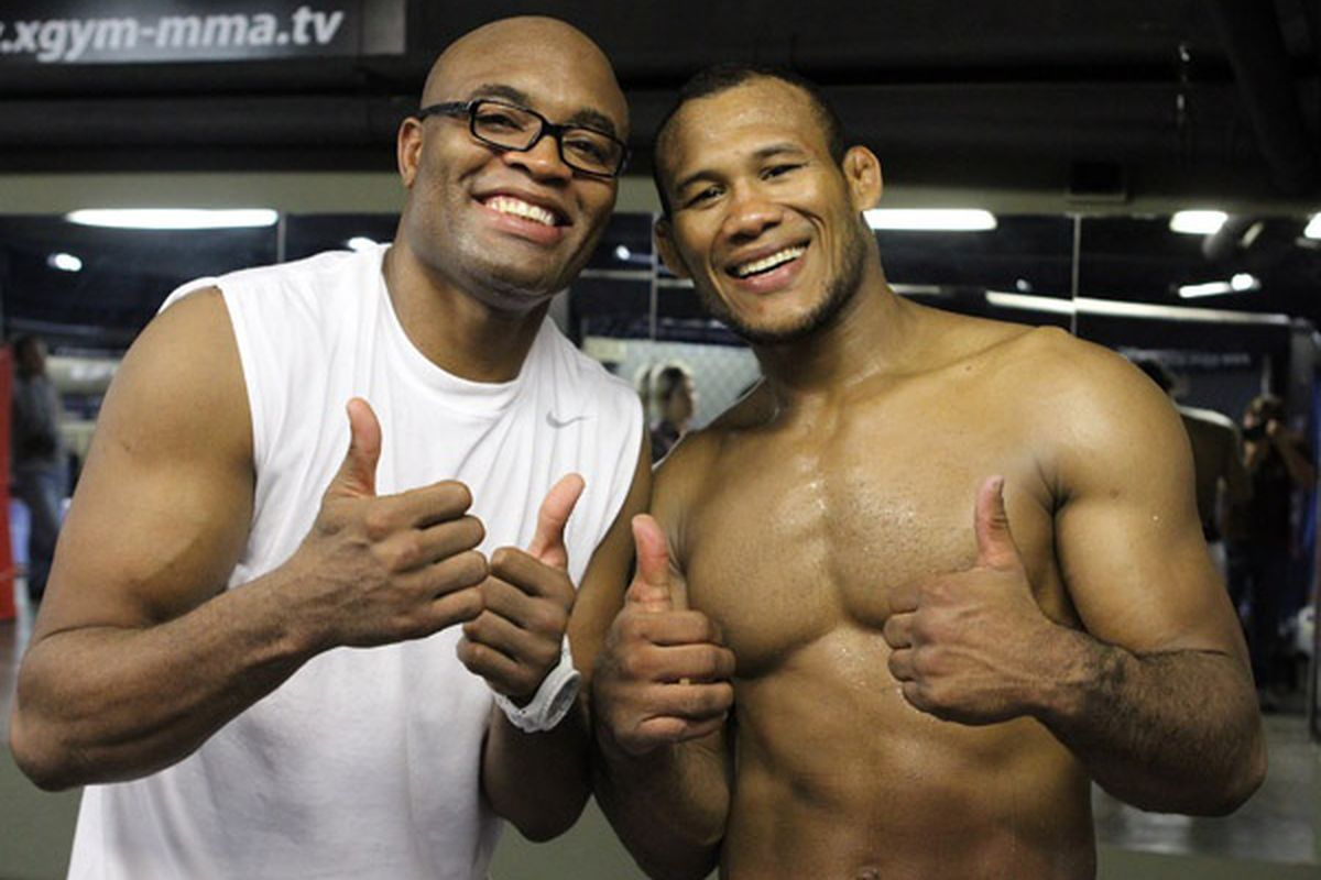 """Anderson Silva explains to Jacare why he's been promised a title shot: """"Jaca it's not me. It's Dana White!"""" - Silva"""