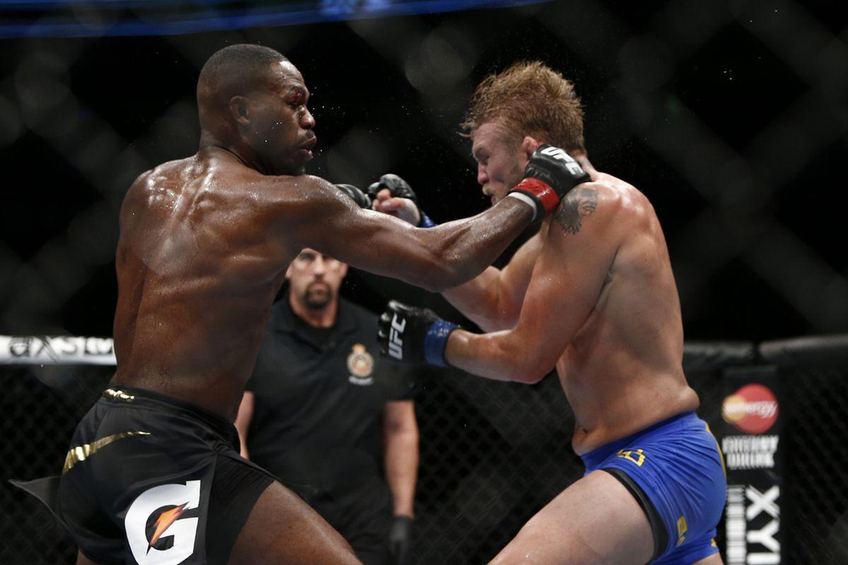 Jon Jones headlined UFC 232 estimated to have pulled off 700k buys on PPV - Jon