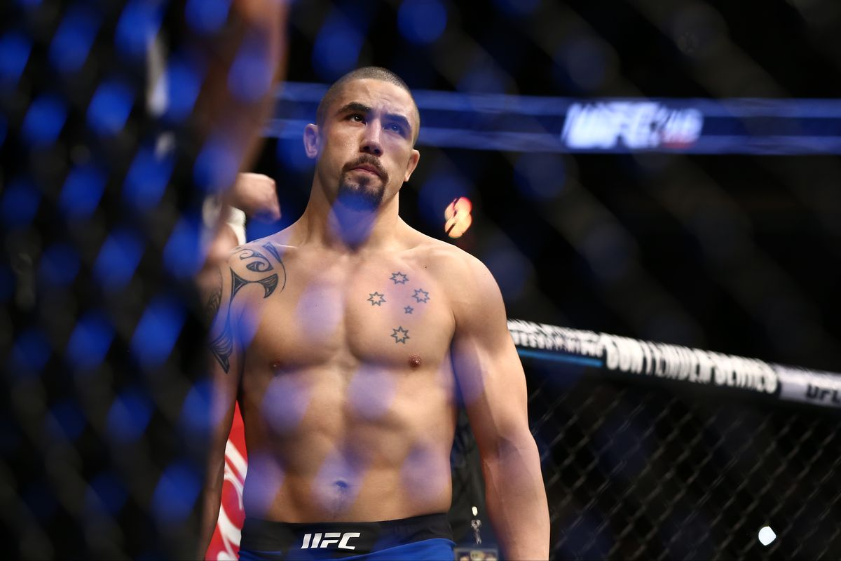 Robert Whittaker OUT of his fight against Kelvin Gastelum at UFC 234 - Robert