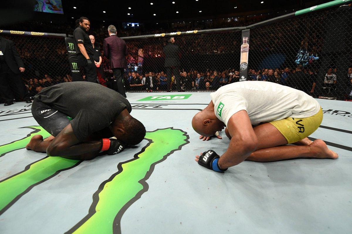 Twitter reacts to Israel Adesanya's striking chessmatch with Anderson Silva at UFC 234 - Adesanya
