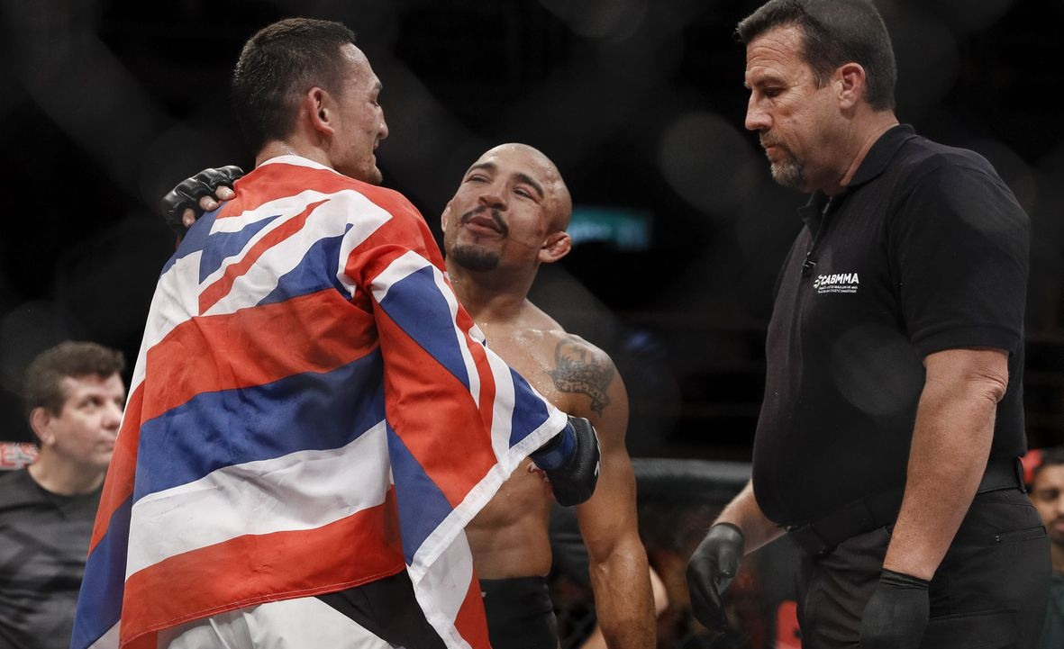 Max Holloway shows respect and love to Jose Aldo after his fantastic victory at UFC Fortaleza -
