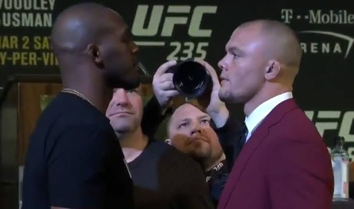 Watch: Jon Jones predicts that he will finish Anthony Smith at UFC 235, thanks his fans for the support -