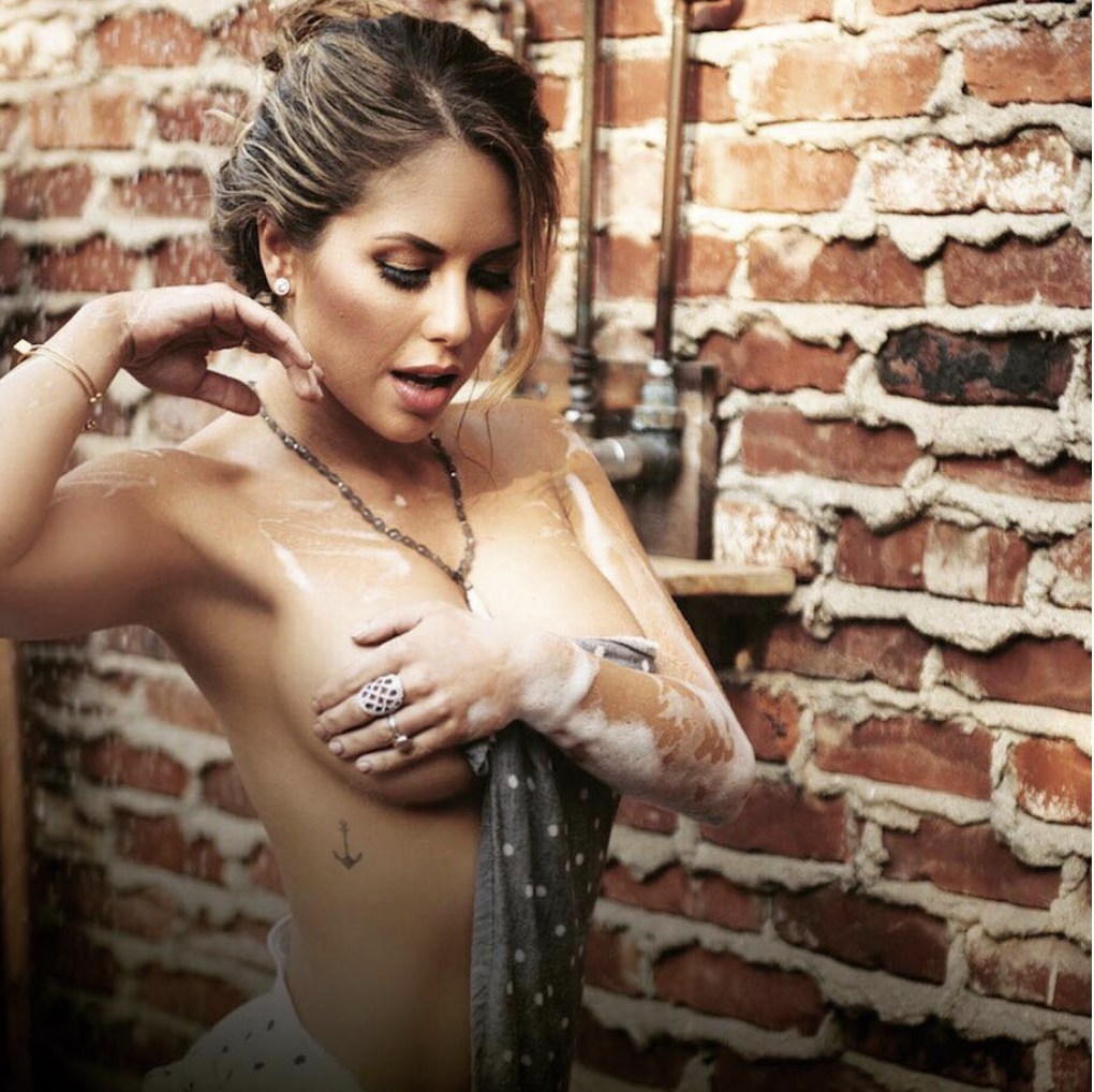 UFC Octagon Girl Brittney Palmer's sultry pics -
