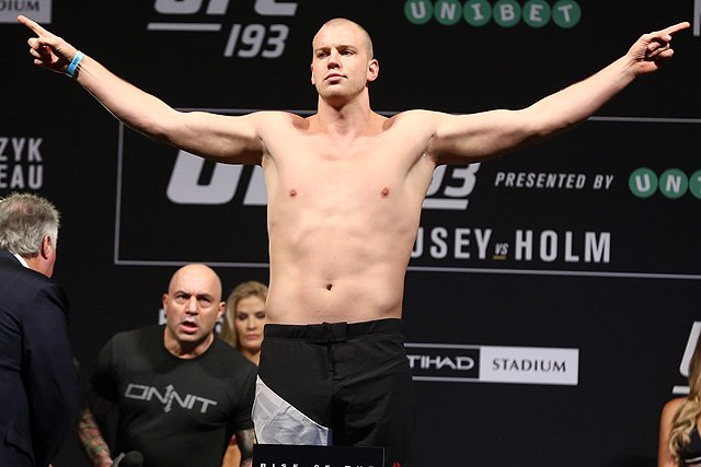 UFC Fight Night 135 Results: Stefan Struve Submits De Lima in Round 2, Announces Retirement -