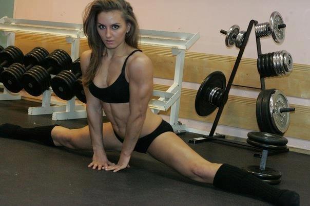 UFC Women's Strawweight Alexandra Albu scorching photos -