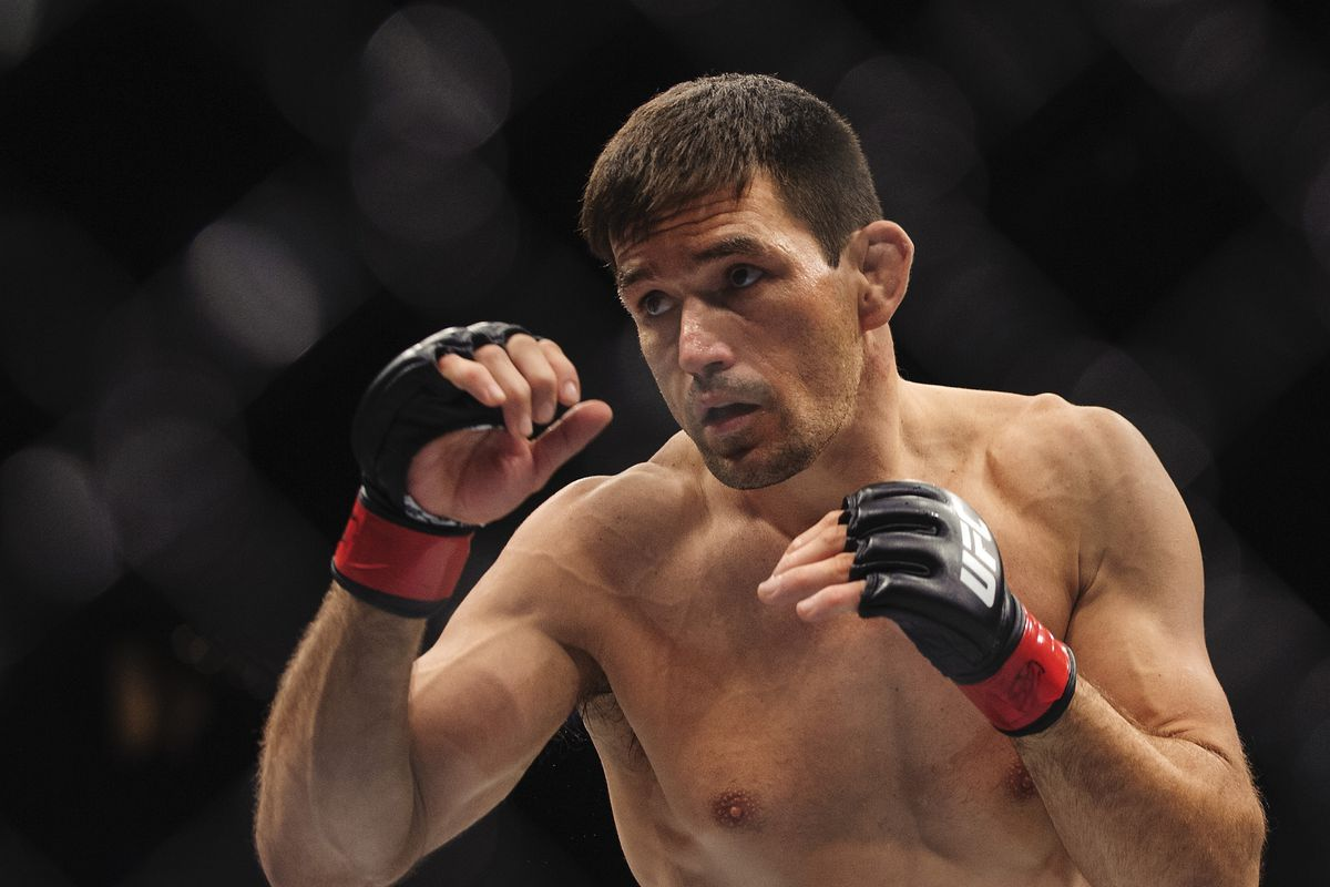 Demian Maia feels Kamaru Usman is a future champion - but that Woodley wins at UFC 235 - Woodley