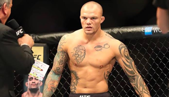UFC: Anthony Smith details his gameplan to defeat Jon Jones at UFC 235 - Smith