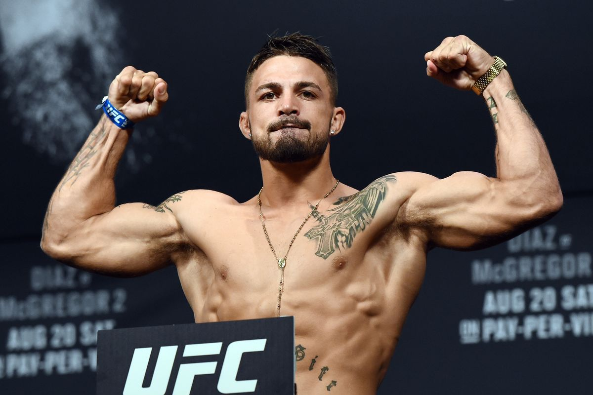Mike Perry announced as new opponent for Cowboy Oliveira at UFC Fort Lauderdale -