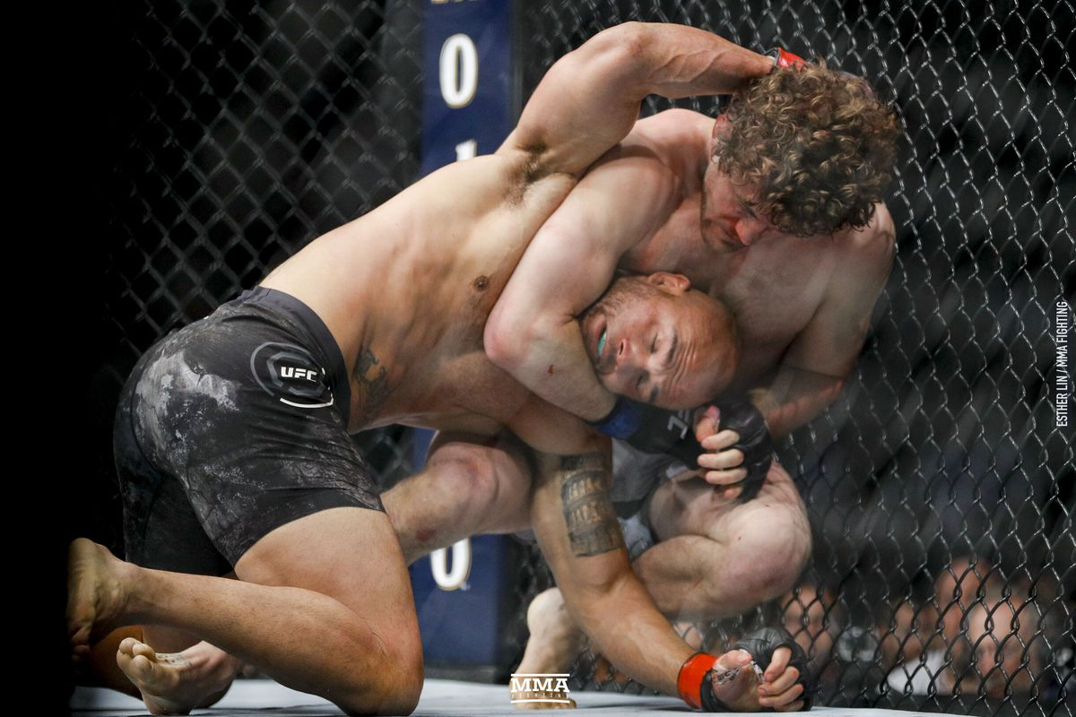 Henri Hooft unhappy with early referee stoppage after Robbie Lawler 'molested' Ben Askren in the beginning of the fight -